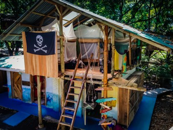 Pirate dorm at Flutterby Hostel