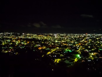 Xela by night